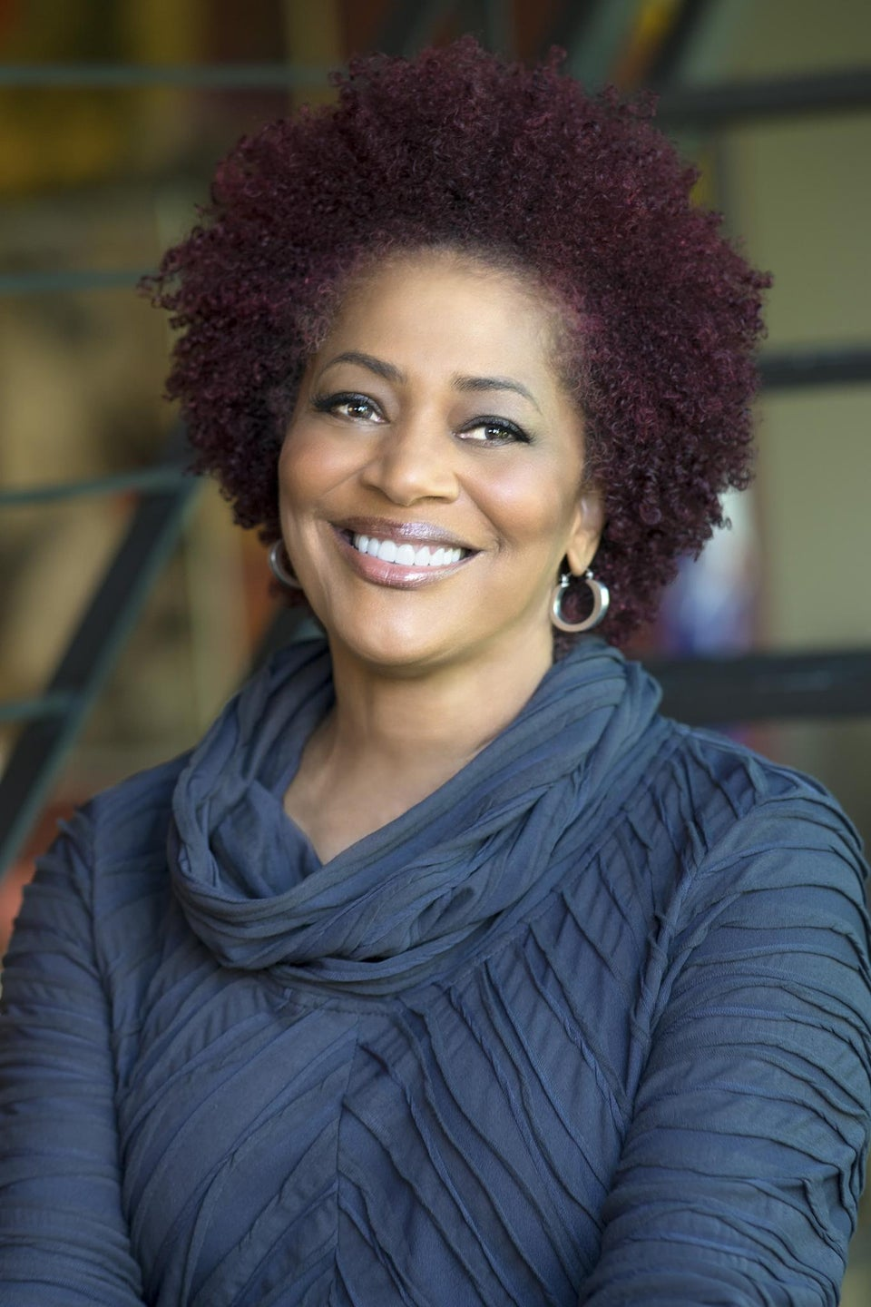 UPCOMING: #ESSENCEBooks Twitter Chat with Terry McMillan