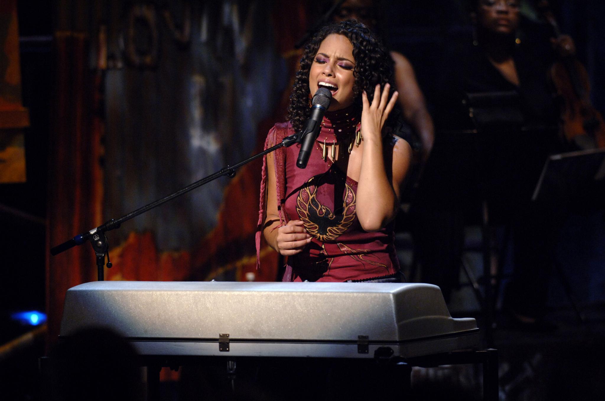 17 Things We Thank Alicia Keys For - Essence