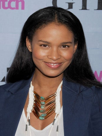 Hot Topic: Joy Bryant Admits She Used to 'Dumb Down' For Men, Could You?