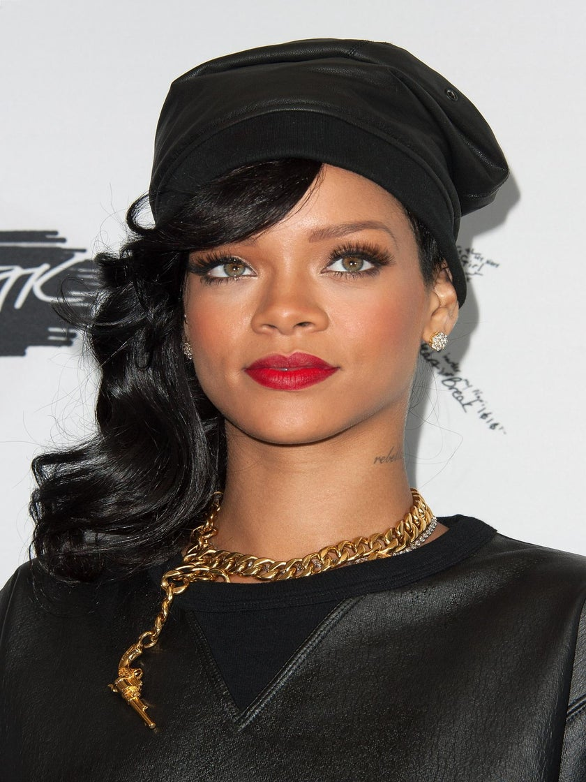 Coffee Talk: Rihanna to Receive First Ever American Music Icon Award