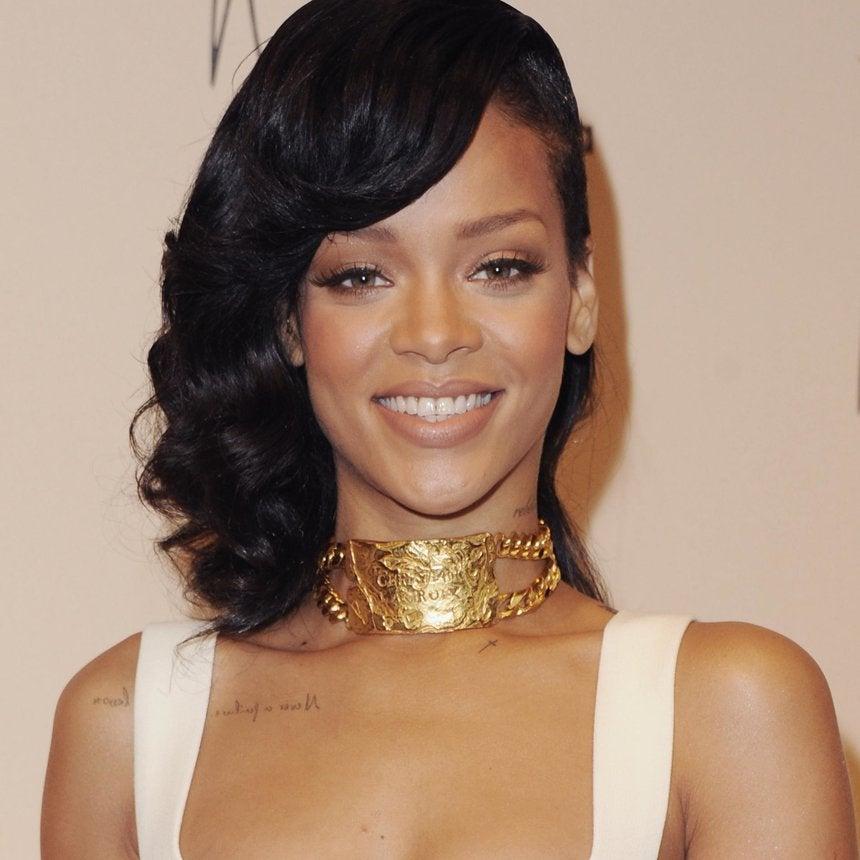 Expert Advice: Apply Rihanna's New MAC Collection Like a Pro