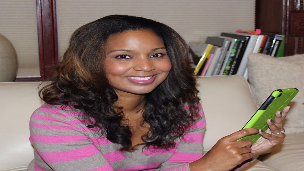 A Day in the Life of Digital Diva Lori Hawthorne