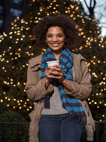 6 Holiday Survival Tips for Single Ladies