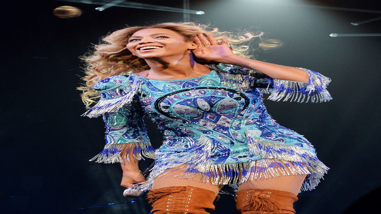 Coffee Talk: Beyonce Sells 1 Million Albums in Less Than One Week