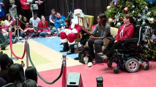 Must-See: Michelle Obama Reads 'The Night Before Christmas'