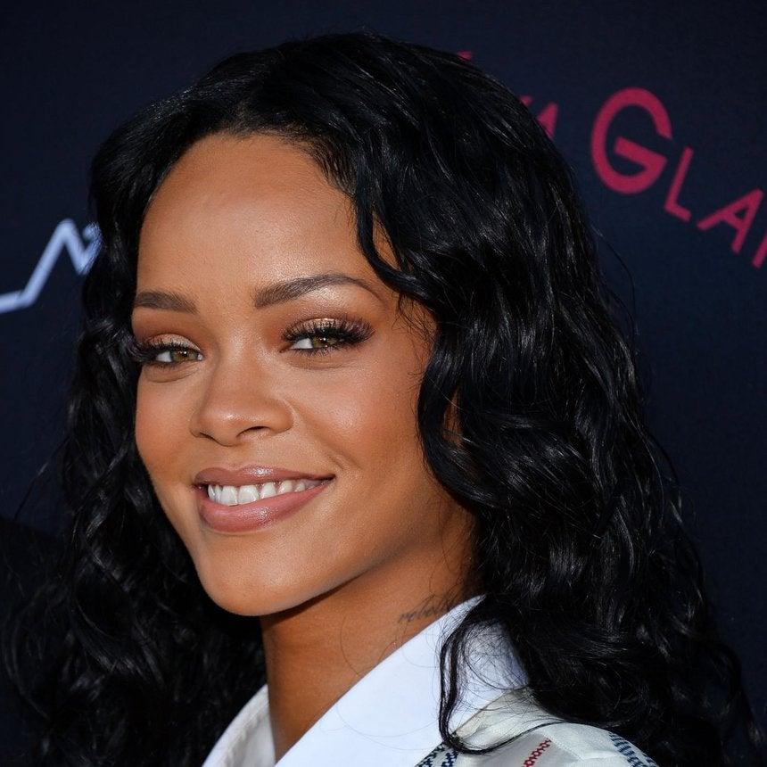 Rihanna Talks Icon Status, Latest Grammy Win