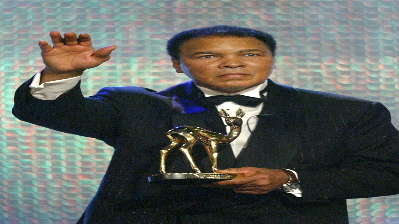 Muhammad Ali Doing 'Much Better' After a Mild Bout of Pneumonia