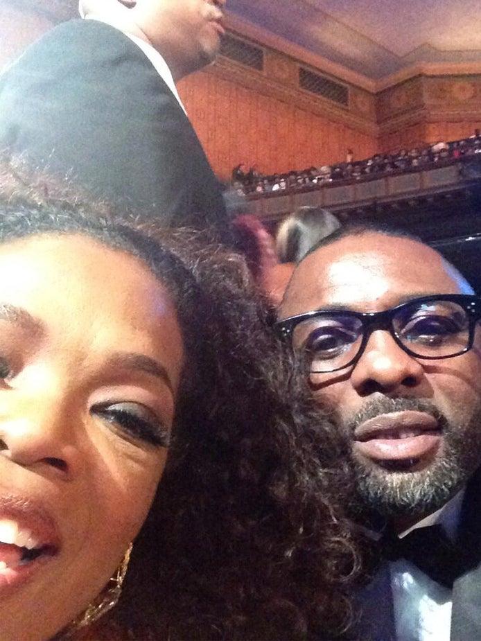 Photo Fab: Oprah Winfrey Gets Photo Bombed by Idris Elba