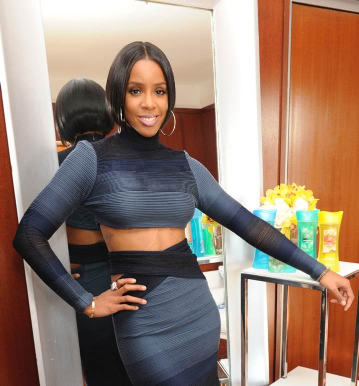 EXCLUSIVE: Kelly Rowland Shares Why She Chopped Off Her Hair