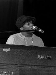 95 Live: Listen to Rare D'Angelo Tracks from 1995