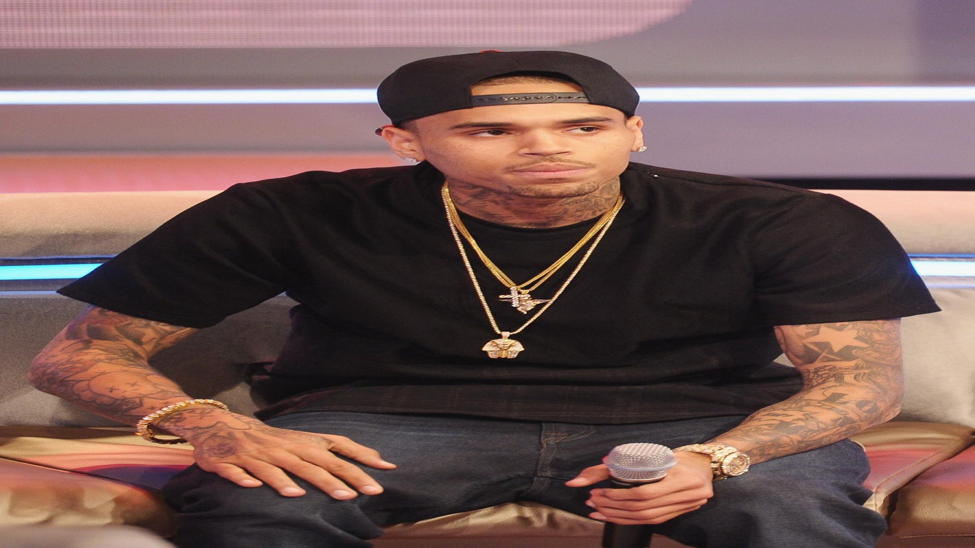 Chris Brown Offers Advice to Ray Rice: 'I've Been Down That Road'
