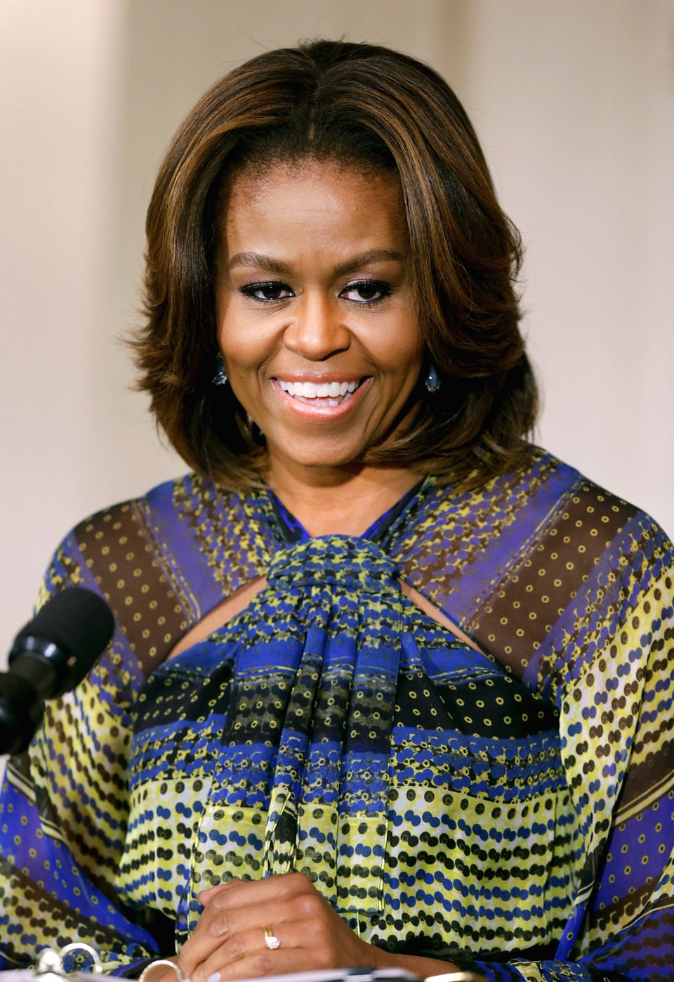 Must See: The First Lady Previews the Annual Easter Egg Roll in 90's Sitcom Style