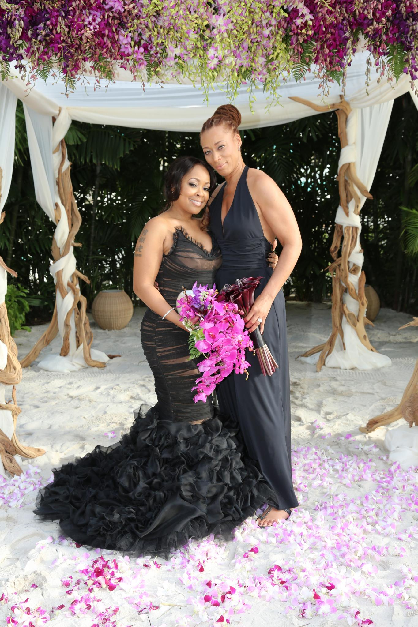 Exclusive: Inside 'R&B Divas' Star Monifah's Hawaiian Wedding Day
