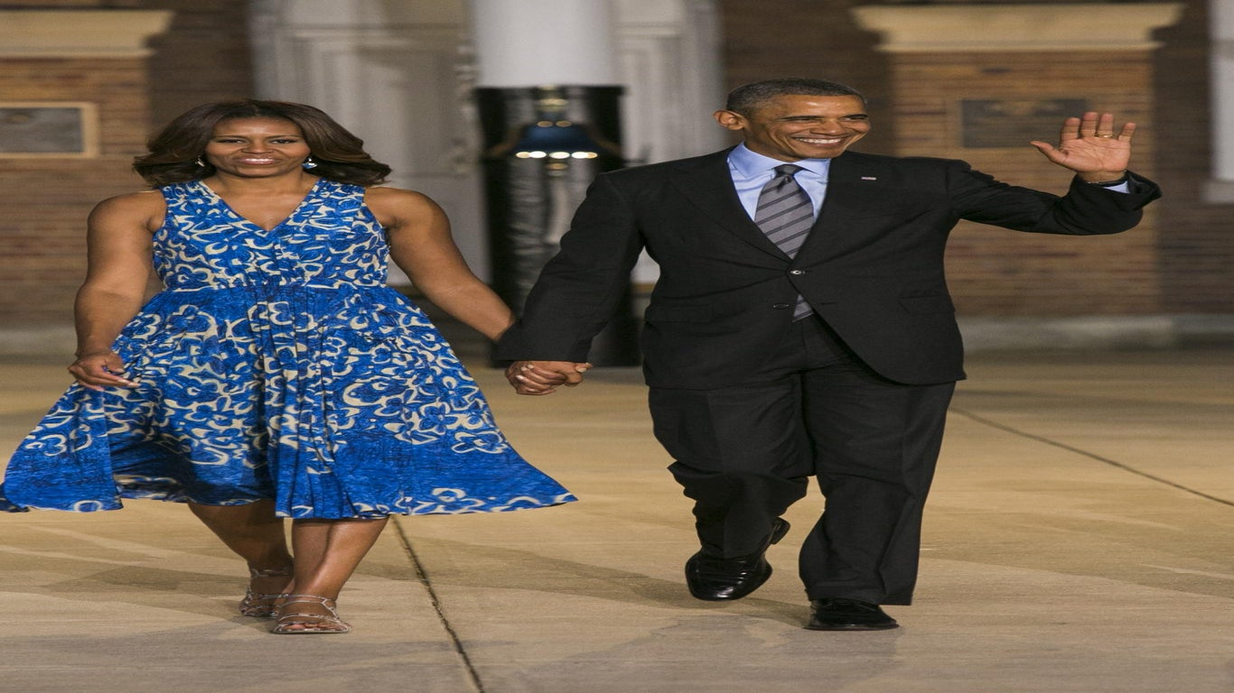 Obamas Celebrate 25th Anniversary of 'Do the Right Thing' With Spike Lee
