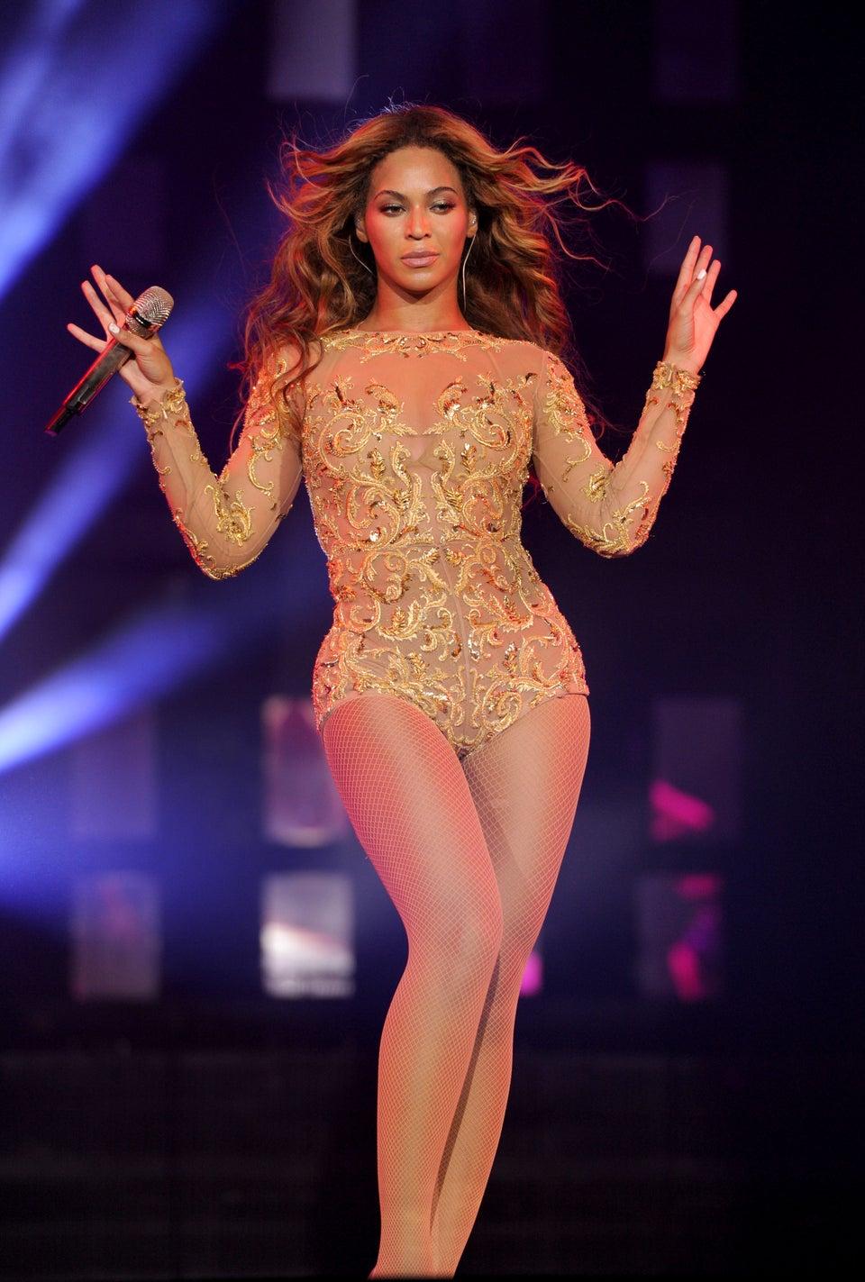 5 Ways Beyoncé May Surprise Us at the VMAs