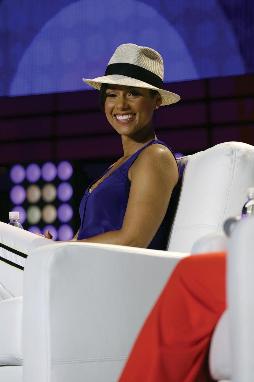 ESSENCE Empowerment: Alicia Keys & Melissa Harris Perry Work To Educate Women