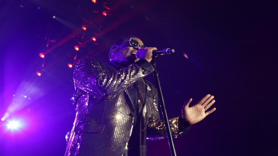 VIDEO: Charlie Wilson at ESSENCE Fest