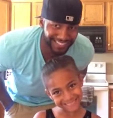 Must-See: Dad Finds a Clever Way to Do His Daughter's Hair