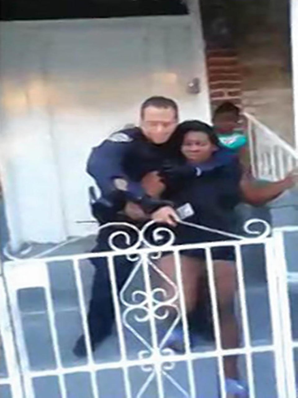 NYPD Cop Allegedly Puts Pregnant Woman in Chokehold