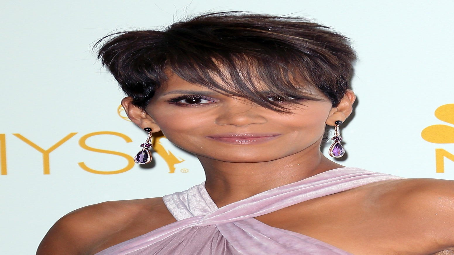 Halle Berry to Produce New CBS Medical Drama