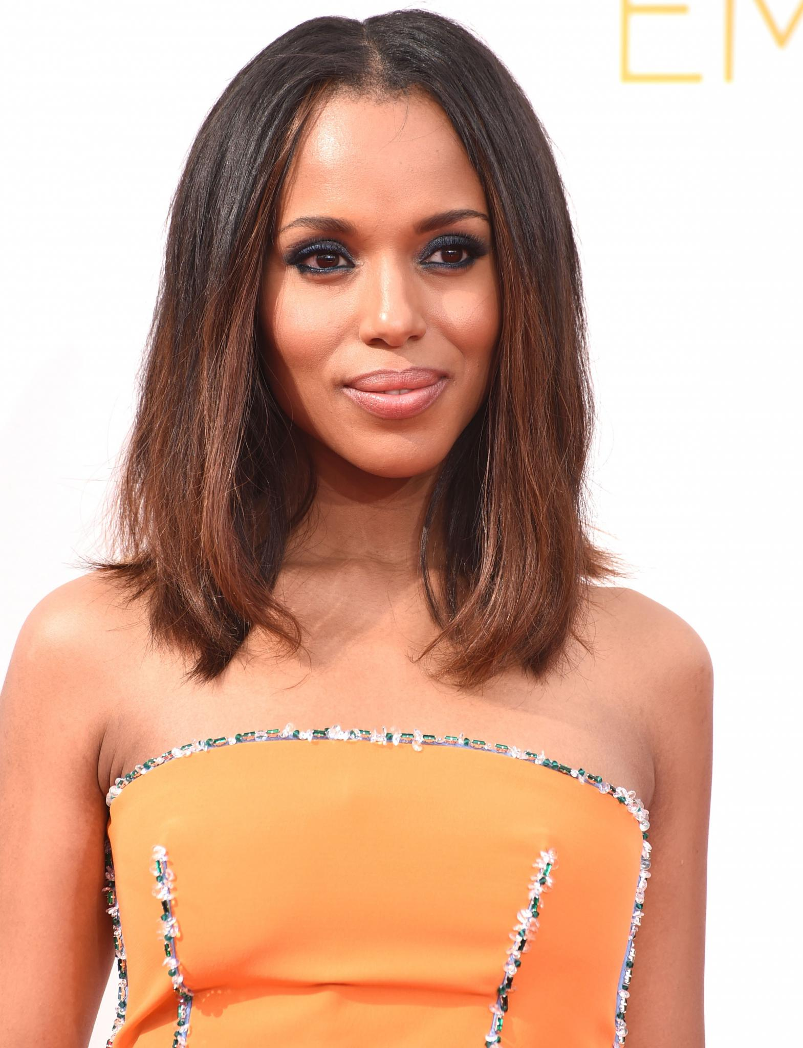 Kerry Washington Shares 'Scandal' News and Talks Mike Brown at Emmys