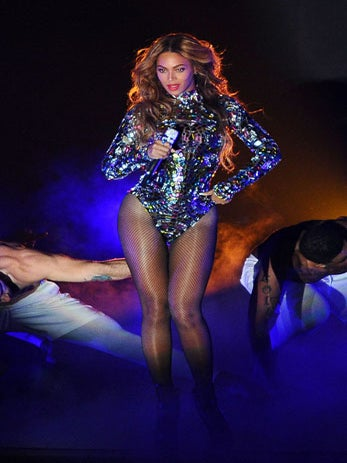 Must-See: Beyoncé Shares the Making Of Her Epic VMA Performance