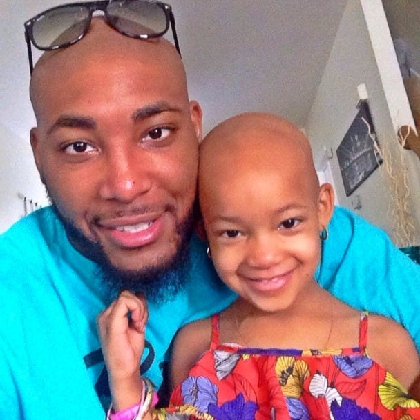 Cincinnati Bengals Re-Sign Player to Help Him Pay for Daughter's Cancer Treatments