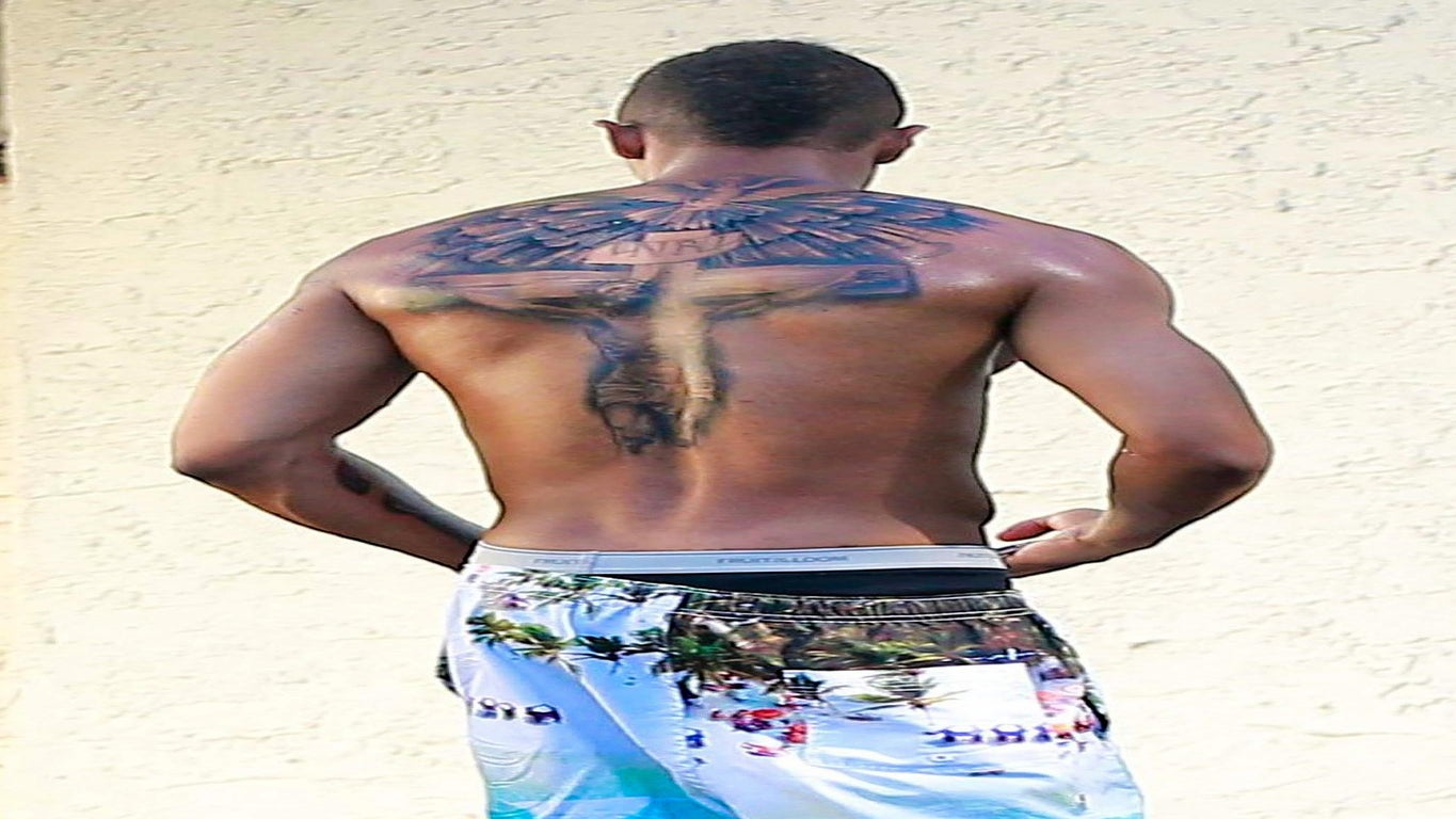 Nick Cannon Covers Up 'Mariah' Tattoo in a Big Way