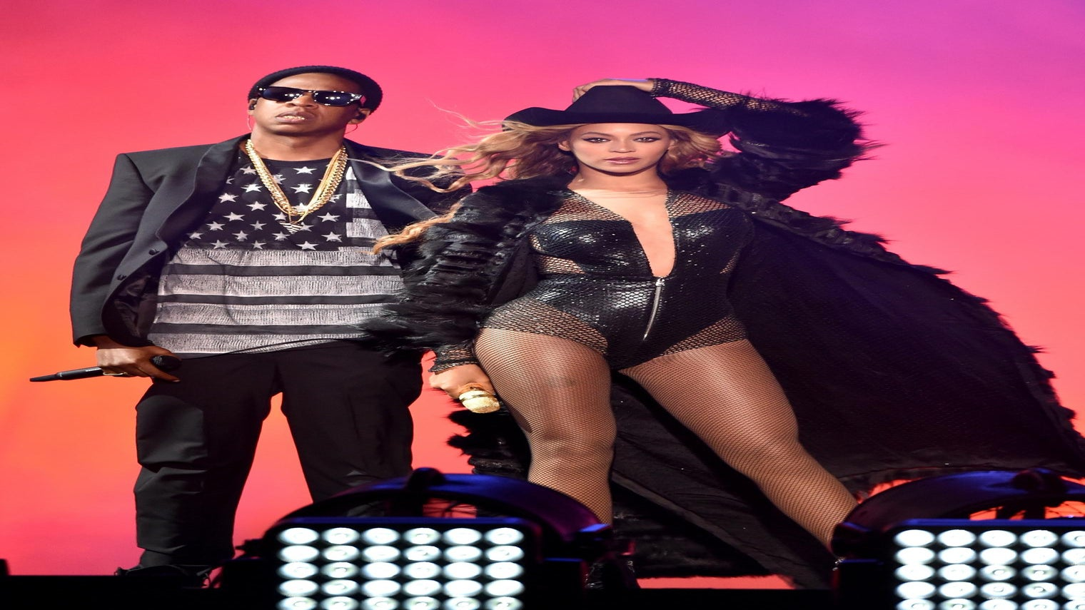 It's Official: BeyoncéAnd JAY-Z Are Hitting The Road For 'On The Run II' Tour