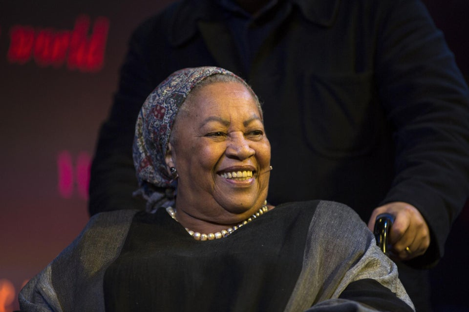 Toni Morrison Breaks Down Racism on 'Colbert,' Admits She Recently Read 'Beloved' for the First Time