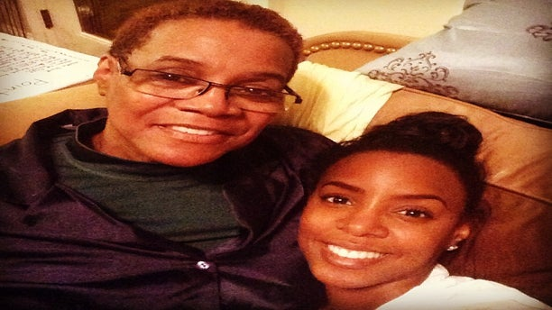 Kelly Rowland Reflects on Mom's Passing: 'She Was An Incredible Soul'
