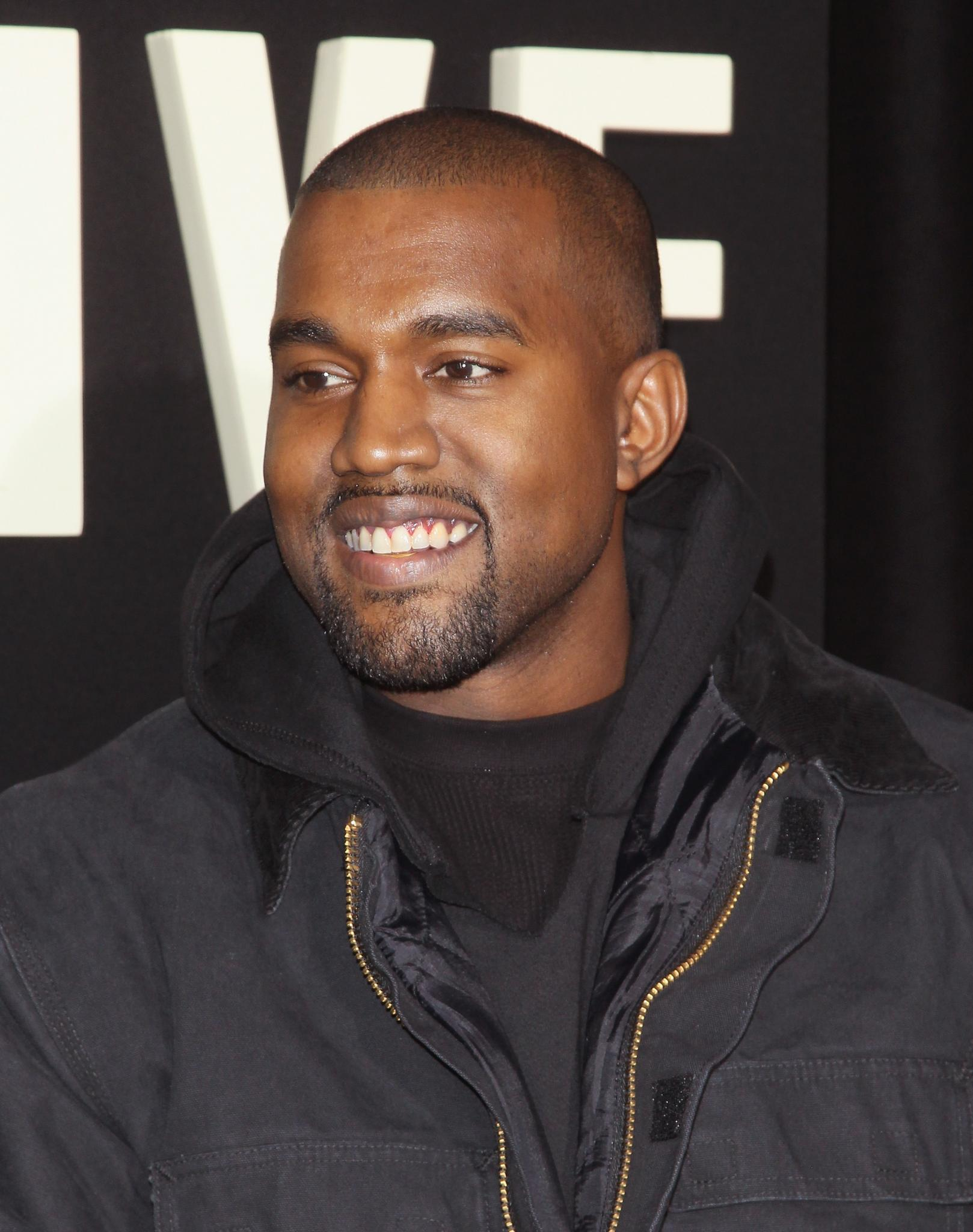 Kanye West To Receive Visionary Award At BET Honors