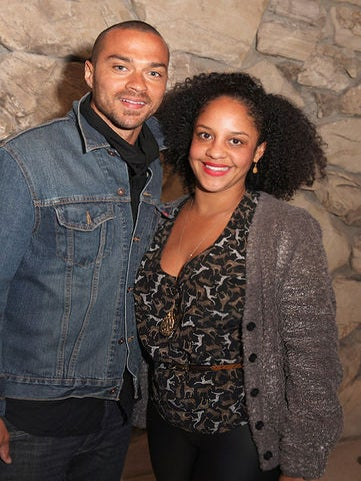 Jesse Williams and Wife Aryn Drake-Lee Williams Debut 'Ebroji' GIF Keyboard App