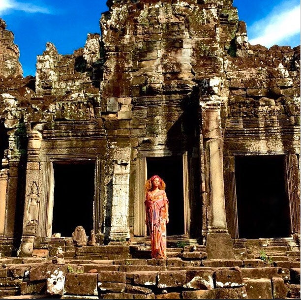 Photo Fab: Beyoncé Visits a Buddhist Temple in Cambodia