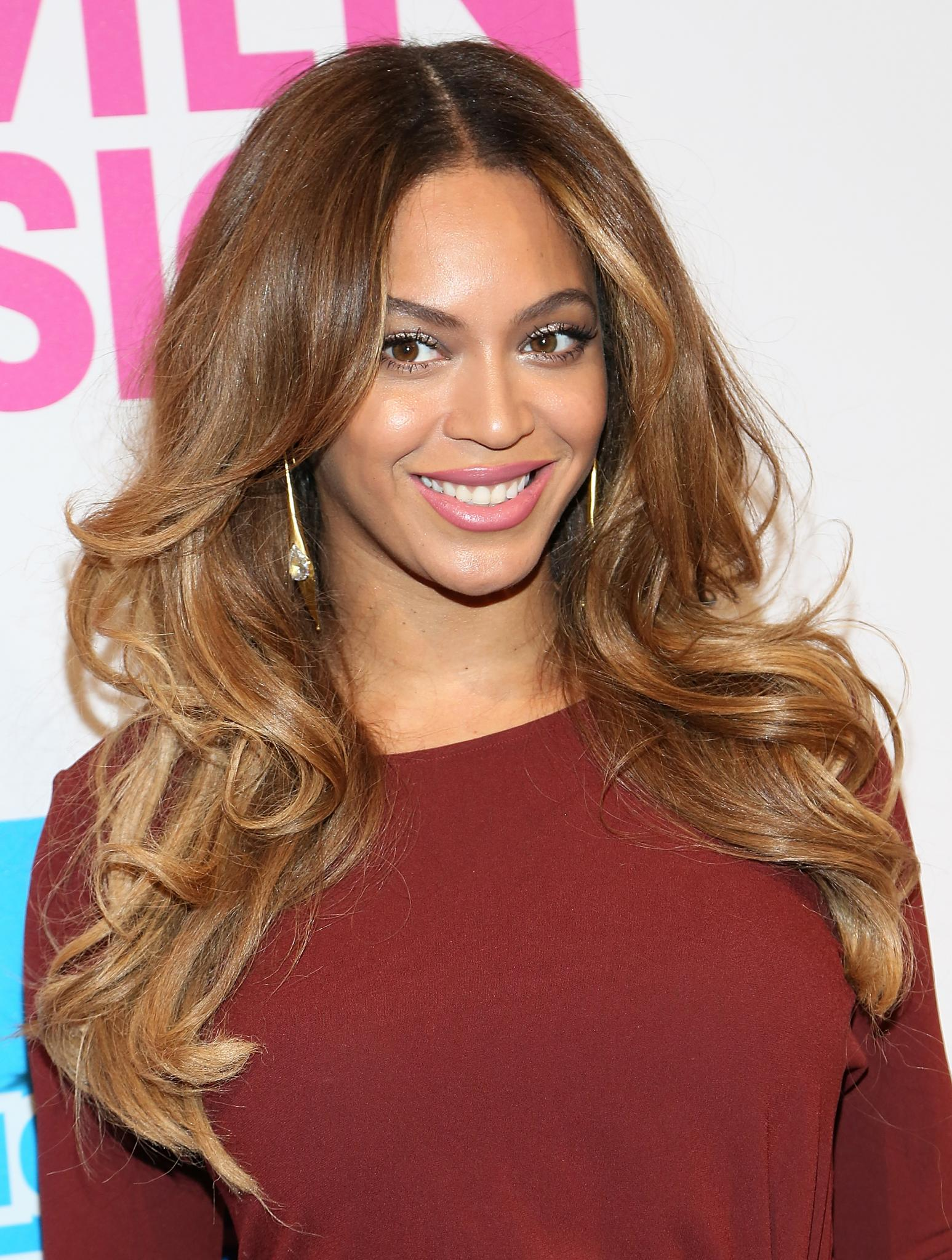 Everything You Need To Know To Get Beyoncs Blonde Hair Color Essence