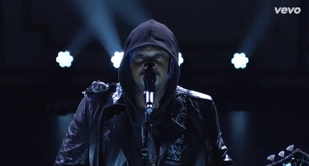 D'Angelo's Powerful 'SNL' Performance Reminds Viewers That Black Lives Matter