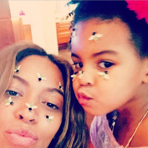 PHOTO FAB: Beyoncé and Blue Ivy's Valentine's Day Selfie Goes Viral