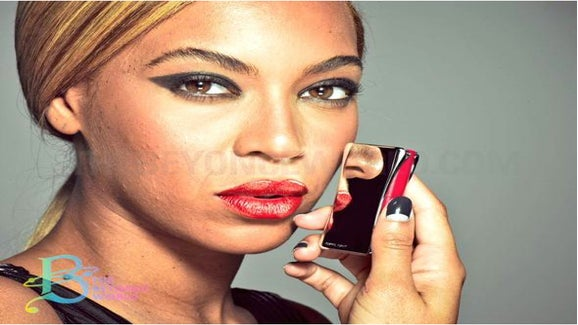 ESSENCE Poll: Are You Comfortable Without Makeup?