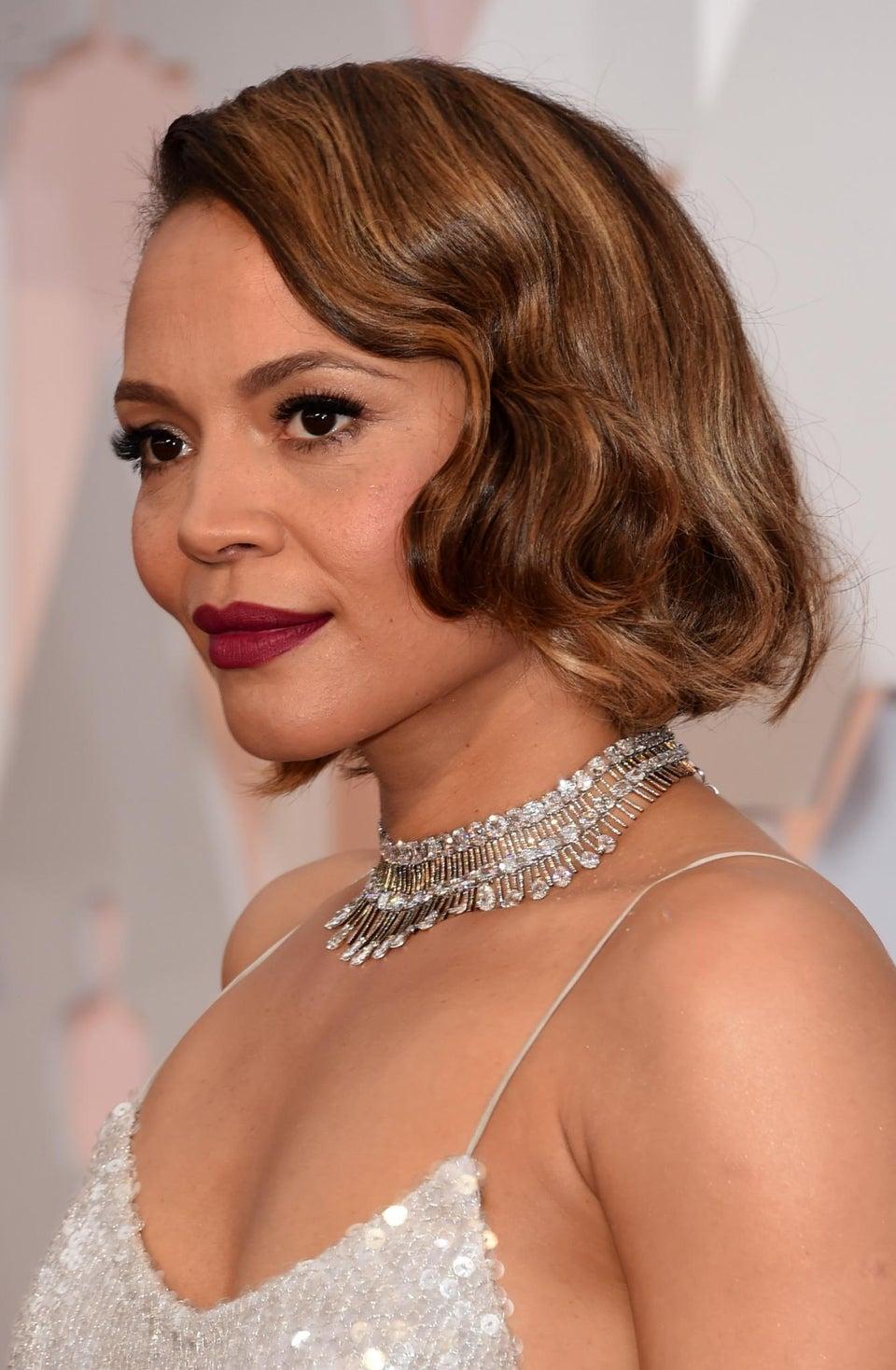 Get Carmen Ejogo's Complete 2015 Academy Awards Look