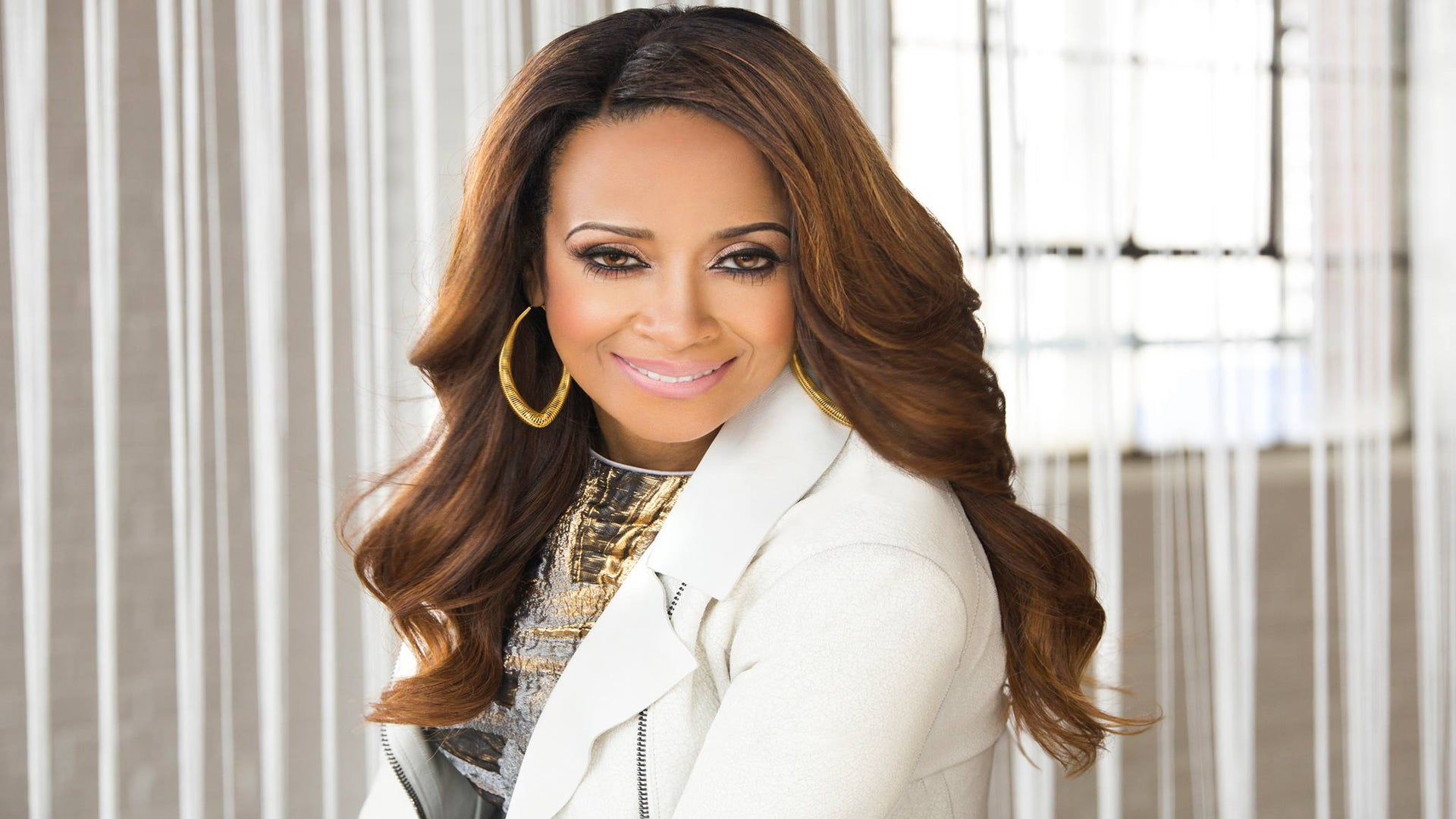 #WEW: Dr. Dorinda Clark-Cole Shows Us How to Never Give Up on Faith