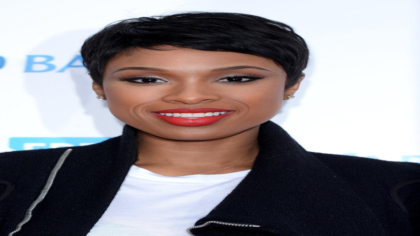 Jennifer Hudson Dishes on Managing Her Beauty Routine As a Busy Mom
