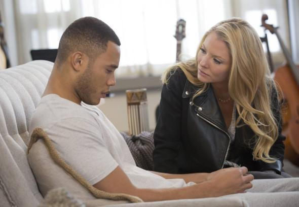 8 Ways to Tackle Talking About Mental Health Issues When You're Dating