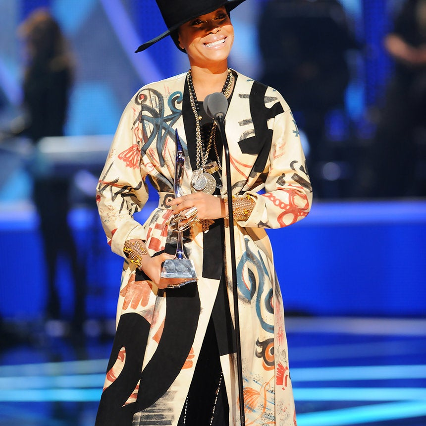 7 Love Lessons Learned from Erykah Badu's 'New Amerykah Part Two (Return of the Ankh)'