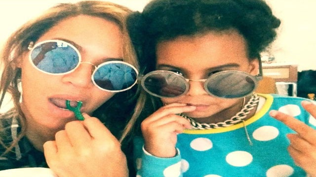 This GIF of Beyoncé and Blue Ivy Flossing Will Make You Smile