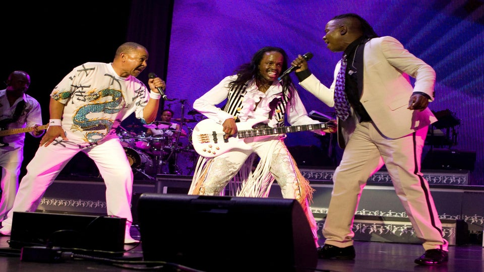 Earth, Wind & Fire to Present Record of the Year Winner at 2016 Grammys