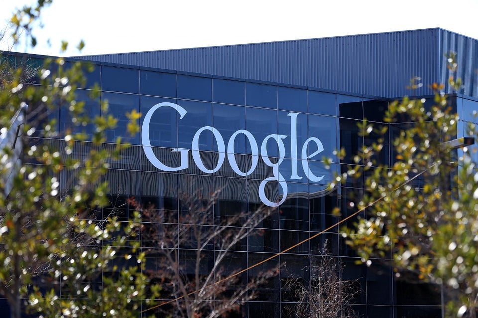 Google And Apple Take Legal Stand Against Trump's Immigration Ban