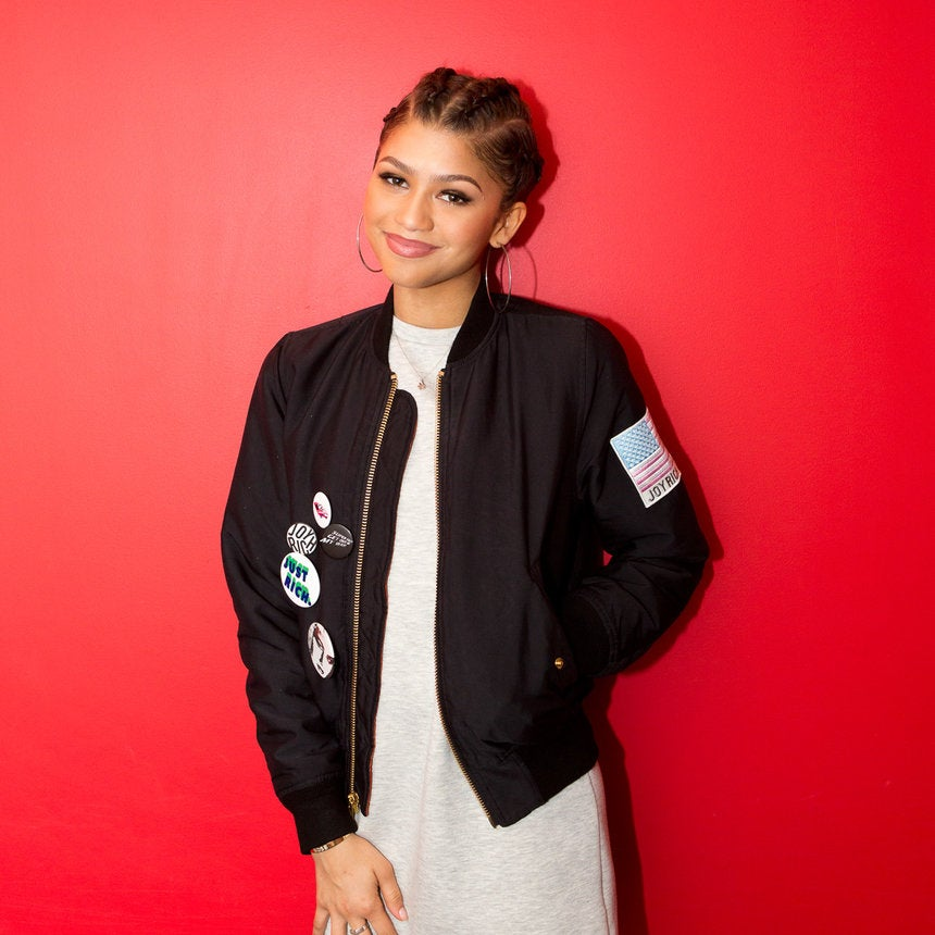Zendaya Shares 5 Things She Absolutely Loves!