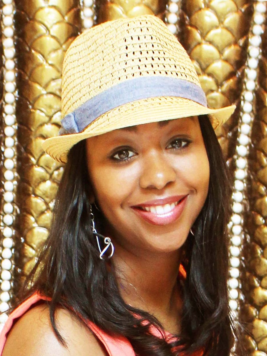 ESSENCE Fest Vendor Spotlight: Cicely Jazzy's Art