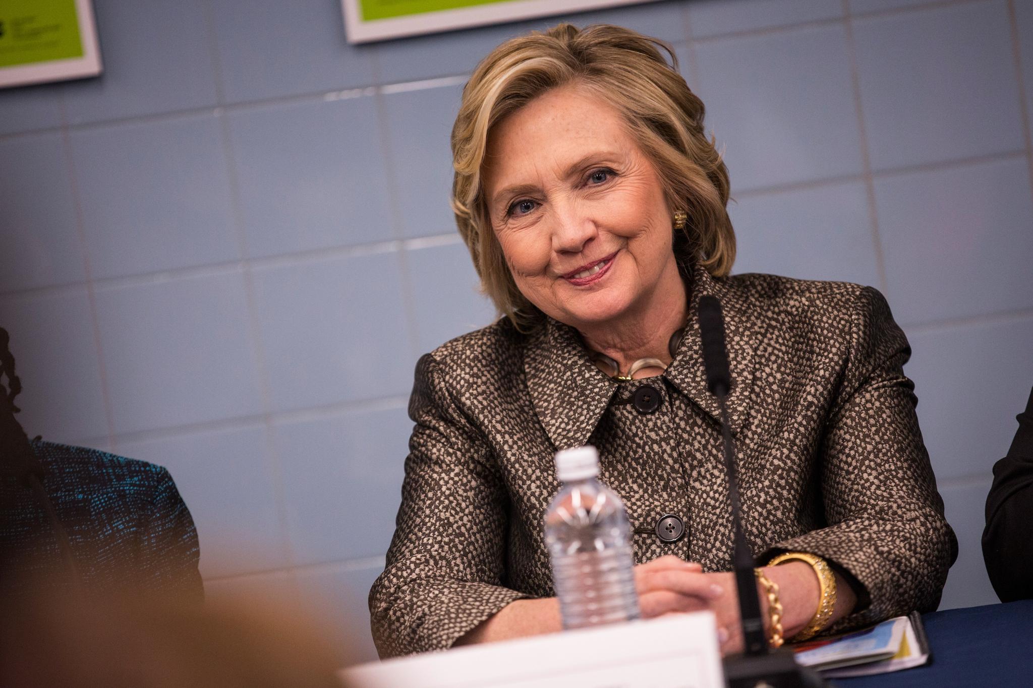 Hillary Clinton Calls for Universal Voter Registration