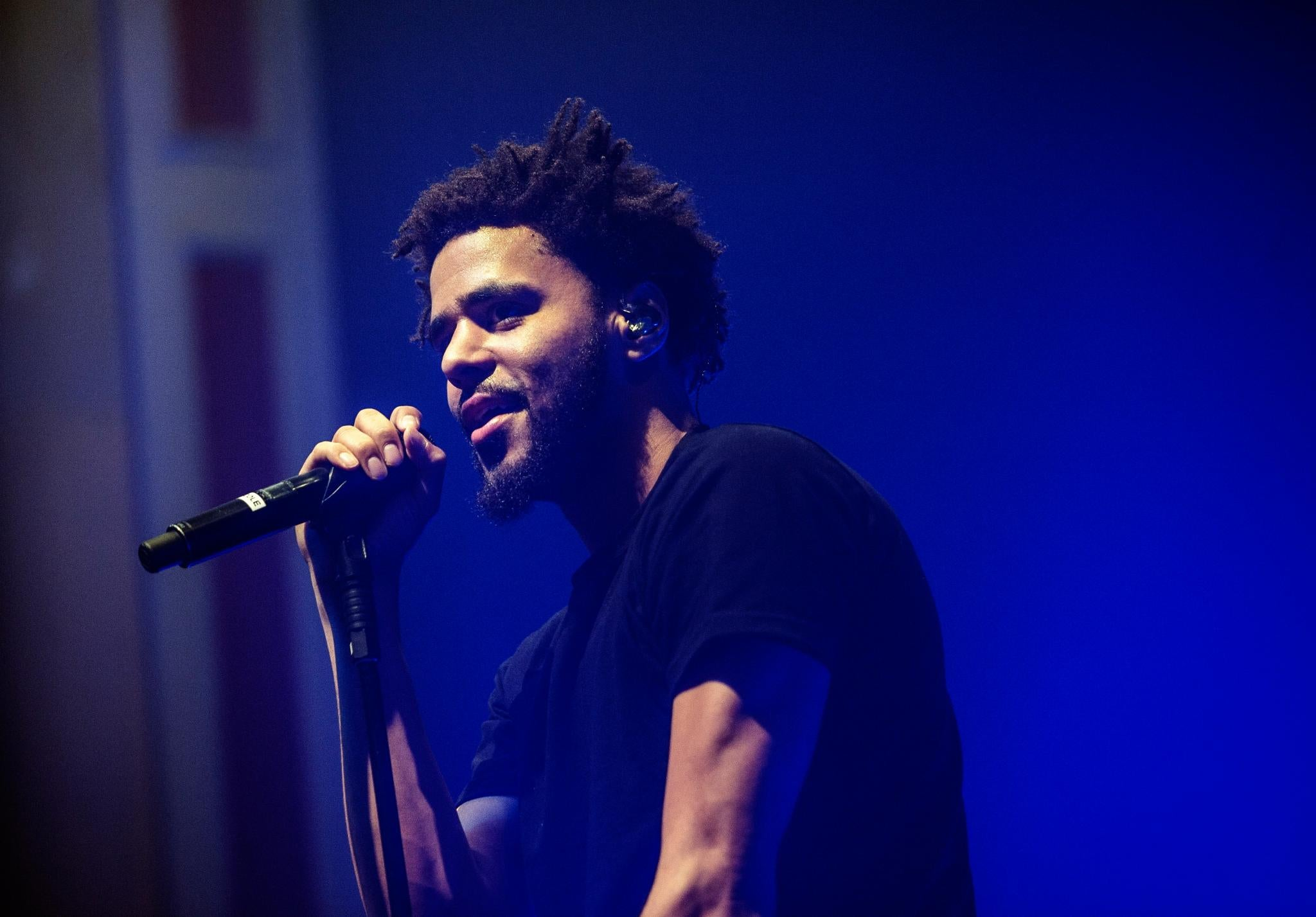 79c1b115a72 6 Times Celebs Showed Up and Showed Out for Their Fans. J. Cole ...